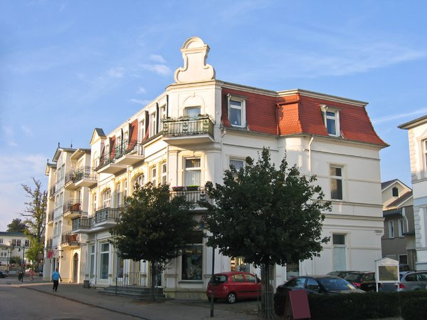 decorative corner house: decorative corner house - ahlbeck / usedom / germany street scenery