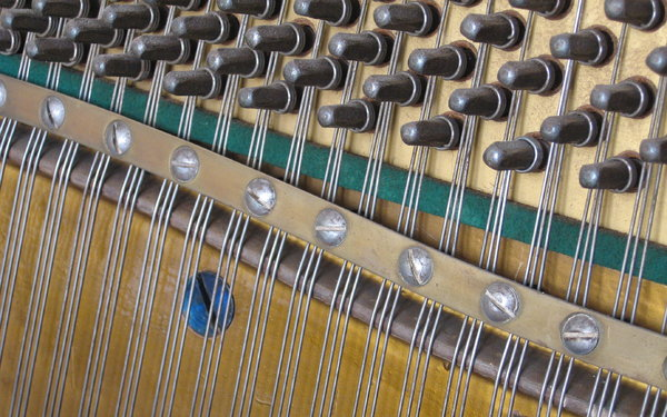 Tuning Pins: Piano tuning pins and strings
