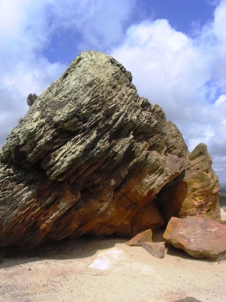 Agglestone Rock, Dorset: The Agglestone Rock can be found near Studland village in Dorset. A sandstone block weighing 400 tonnes perched on a conical hill.
