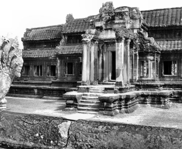 Angkor Wat stonework10: artistic carvings and stonework at Cambodia's Angkor Wat temple complex