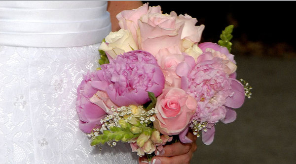 Bridal Flowers: Bouquet for the bride