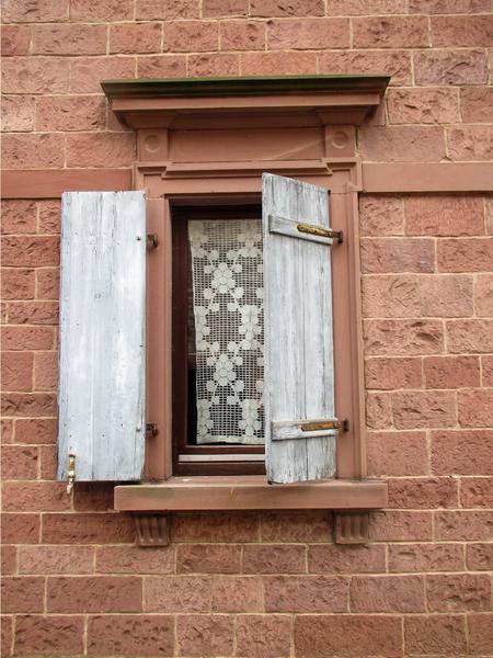 kostenlose stock fotos rgbstock kostenlose bilder alte fenster ayla87 march 05. Black Bedroom Furniture Sets. Home Design Ideas