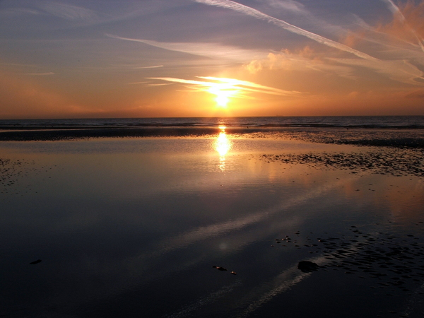 Morning sunrise: Sunrise from Lancing beach, England