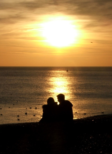 romantic sunset at seashore - photo #41