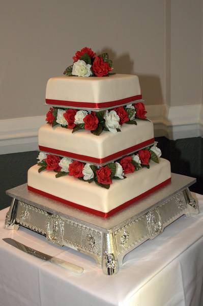 Wedding Cake: Wedding cake at reception