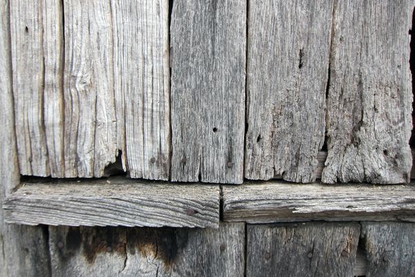 Wood: Weathered wood.