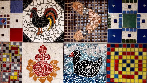 Kleurrijk moza ek tiles1 gratis stock foto 39 s rgbstock gratis afbeeldingen tacluda - Mozaiek ontwerp ...