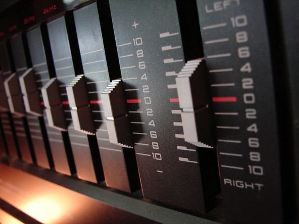 Stereo Equalizer: A picture of an equalizer