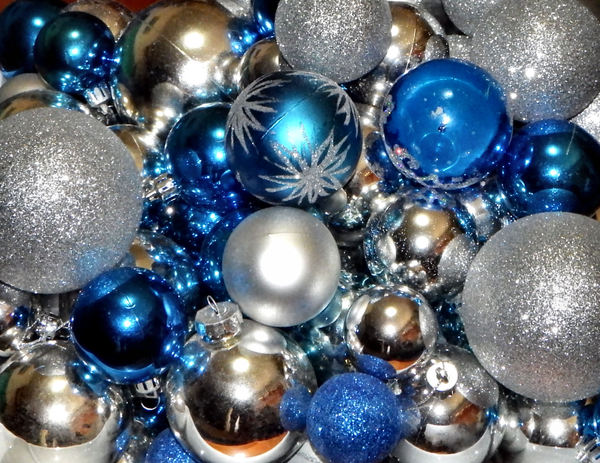 Christmas baubles1: blue and silver Christmas baubles