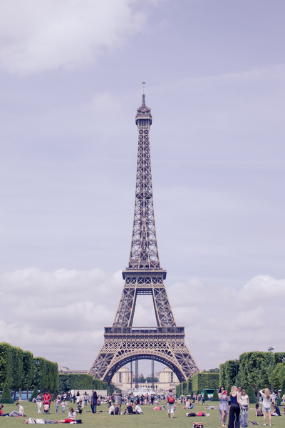 Eiffel Tower 5: Photo of Eiffel Tower in Paris