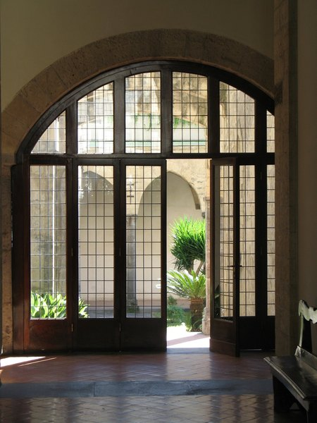 Calm and inviting-: -open doors in an italian monastery (Naples)