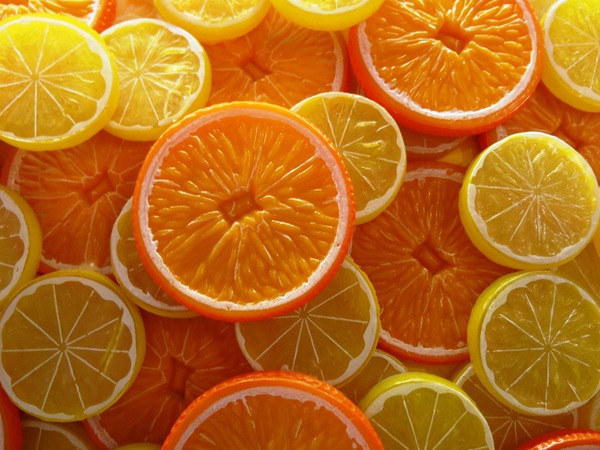 Oranges and lemons background: Oranges and lemons background